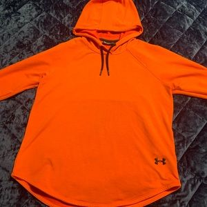 Under Armour loose fitting pullover